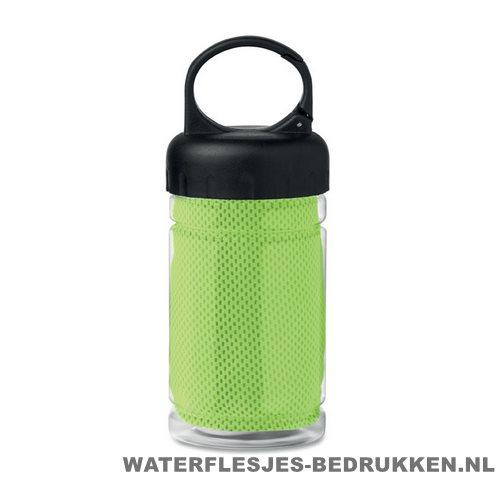 Drinkfles met handdoek bedrukken groen